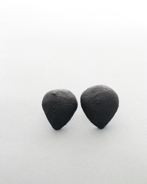 black earrings in the shape of an upside down drop. michelle kraemer jewellery